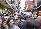 Passeggiata nel centro storico di Napoli con tammurriata finale
