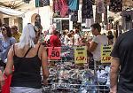 FOTO Saldi a Cremona tra mercato, centro storico e centro commerciale