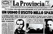 Il sovietico Leonov ha lasciato per 20 minuti la cosmonave