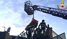 Superobeso trasferito in un ospedale specializzato: mobilitati 118 e pompieri
