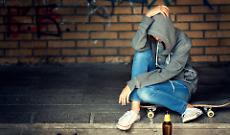 Venditore abusivo di alcolici: tra i clienti anche minorenni