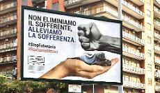 Eutanasia, affissioni shock: «Alleviare la sofferenza, non eliminare il sofferente come un moscerino!»