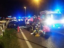 Terribile schianto tra auto: 7 feriti, grave bimba di 8 anni