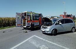 Scontro auto-moto, due feriti gravissimi