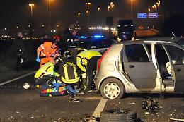 Gravissimo incidente in tangenziale: due feriti e traffico in tilt
