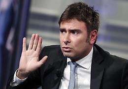 """Di Battista attacca: """"Denigrato da chi si genuflette ai padroni"""""""