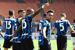 L'Inter festeggia lo scudetto con un 5-1 sull'Udinese