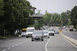 Solo 1 under 25 su 8 possiede l'auto, parco vecchio e inquinante