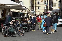Istat, iniziata la ripresa ma il Covid ha aggravato la povertà