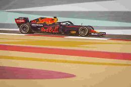 Verstappen vola nelle libere in Belgio, poi finisce fuori come Leclerc