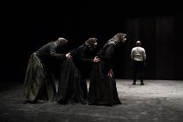 Nella Padania (in)felix  il teatro si faccia specchio di comunità