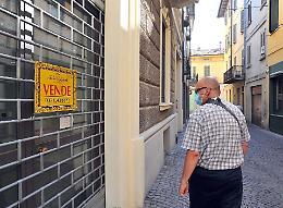 Vie Cavour e Forte «affittasi»: una distesa di vetrine vuote