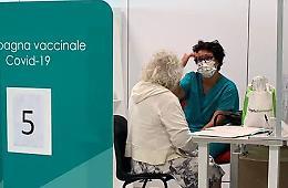 Terza dose, prime inoculazioni agli hub di Castelverde e Crema