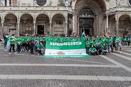 Flash Mob, che festa per la Sanse in piazza del Comune