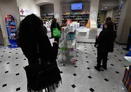 Federfarma, tampone gratis a chi prenota la vaccinazione