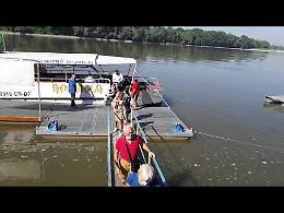 VIDEO3 Sul fiume Po con il catamarano Anguilla