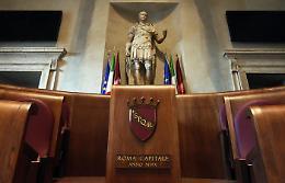Il 51% dei politici italiani è insoddisfatto dal peso degli enti locali