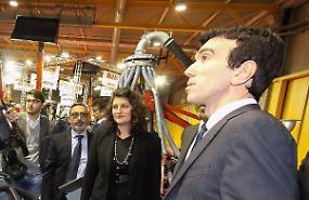 Il ministro Martina alle Fiere Zootecniche: 'Terremoto, stanziati 221 milioni per il futuro agroalimentare della zona'