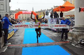 Maratonina, vincono Tala Megersa e Mukandanga
