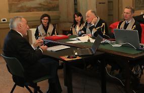 Settima laurea per l'81enne ex sindaco