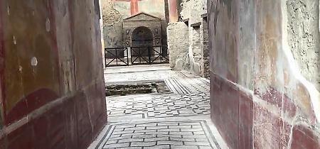 Pompei, il lusso della casa dell'Orso ferito