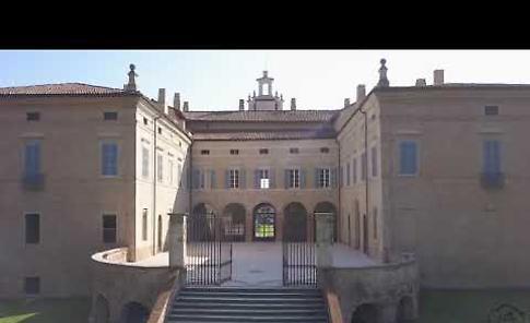 Villa Medici del Vascello vista da un drone
