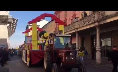 La sfilata di carnevale a Monticelli, replica il martedì grasso