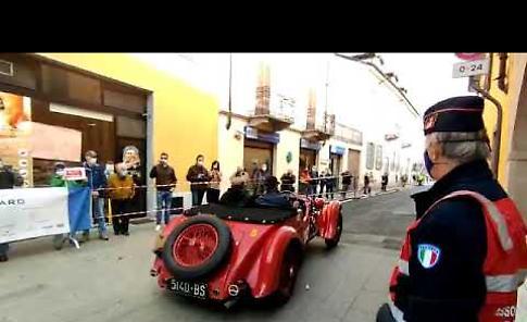 VIDEO Il passaggio della 1000 Miglia a Pandino