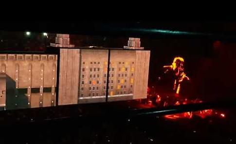 VIDEO - Pink Floyd's Roger Waters Us + Them Tour