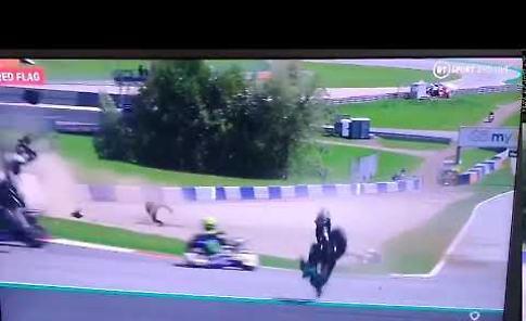 VIDEO MotoGP, pauroso incidente: Valentino Rossi miracolato