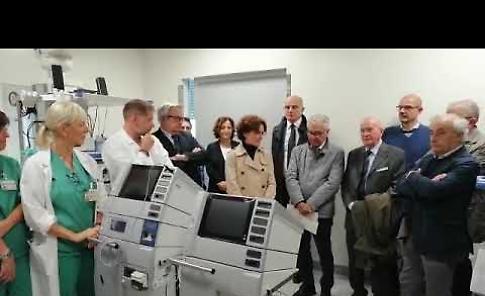 VIDEO2 Ospedale Maggiore, la donazione di due elettrobisturi