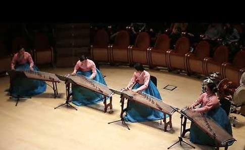 VIDEO Concerto di musica coreana al Museo del Violino