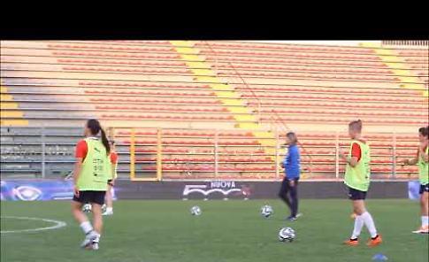 VIDEO La Nazionale di calcio Femminile si allena a Cremona