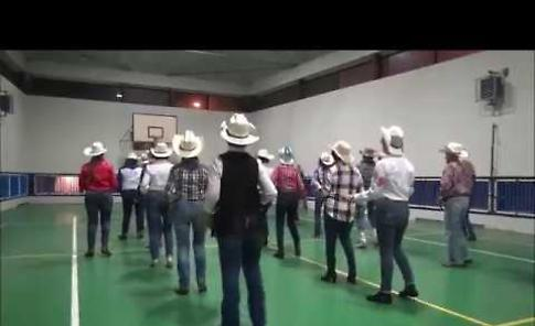 Dentro Country Dance Again