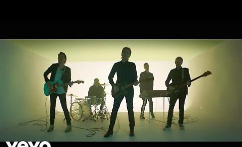 VIDEO Franz Ferdinand - Always Ascending (Official Video)