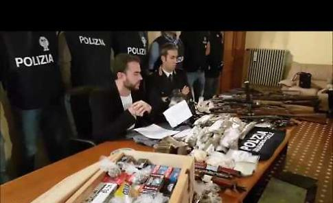 Arresti in tribunale, la conferenza stampa in questura
