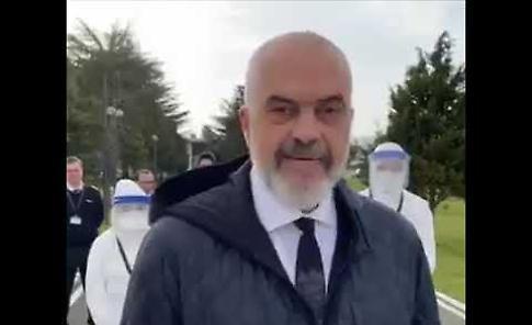 VIDEO Medici albanesi in Italia per combattere il Coronavirus, il premier Edi Rama: 'Non lasciamo soli gli amici'