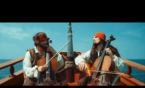 VIDEO 2Cellos - Pirates Of The Caribbean [OFFICIAL VIDEO]