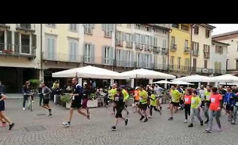 VIDEO Run For Parkinson: la partenza della settima edizione