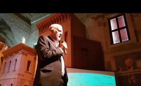 VIDEO Il criminologo Massimo Picozzi in teatro a Sabbioneta