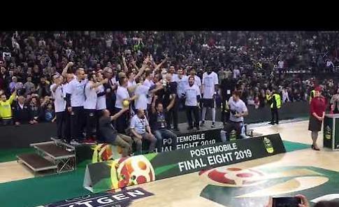 VIDEO La Vanoli Cremona alza la Coppa Italia