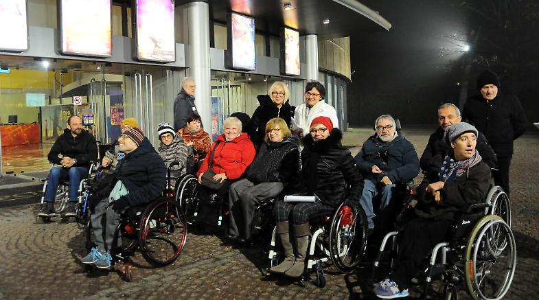 Mutisala blitz dei disabili 39 difficile vedere un film for Film sedia a rotelle
