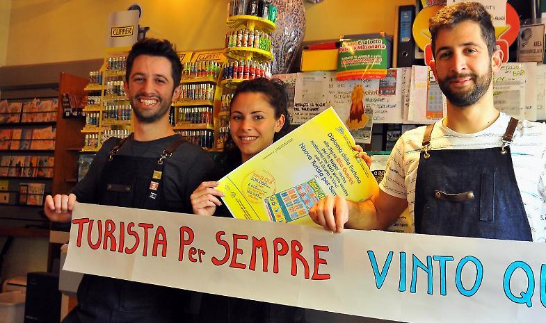 'Turista per sempre', con 5 euro porta a casa 1,8 milioni