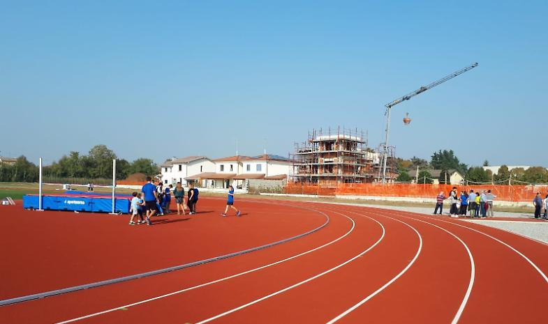 Inaugurata la nuova pista di atletica